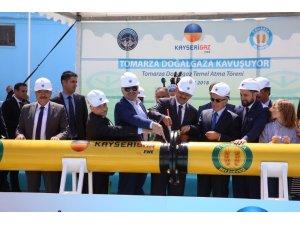 Başkan Çelik, Tomarza'da doğal gaz temel atma törenine katıldı