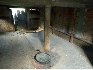 Yayladaki yangında 2 baraka kullanılamaz hale geldi