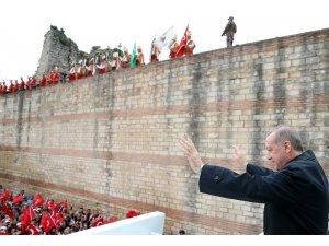 """Cumhurbaşkanı Erdoğan """"Afrin'de etkisiz hale getirilen terörist sayısı 4 bin 200 oldu"""""""