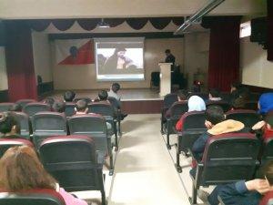 Tatvan Emniyeti ilçedeki 2 bin 500 öğrenciye seminer verdi
