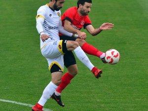 Spor Toto 1. Lig: Ümraniyespor: 1 - Ankaragücü: 1