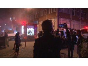 Yangını gören vatandaşlar sosyal medyada canlı yayın yapmak için yarıştı