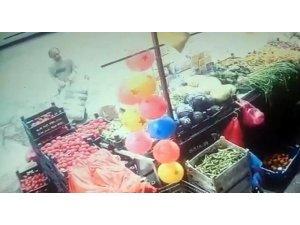 Çay hırsızı güvenlik kamerasına yakalandı