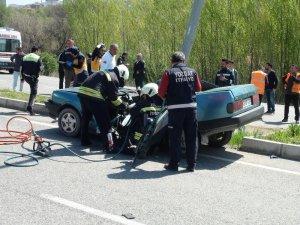 Yozgat'ta trafik kazası 2 ölü 1 yaralı