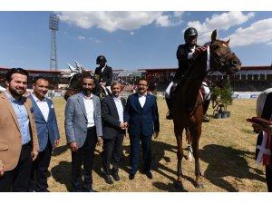 Şahinbey'de atlı spor dalında bir ilk