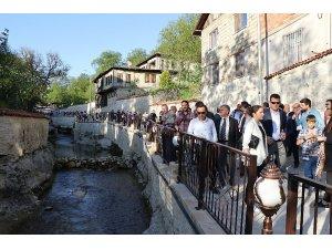 Akçasu kanyonu turizm haftasında hizmete açıldı