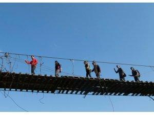 Kars'taki Asma Köprü'ye dağcılardan yoğun ilgi