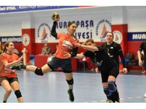 Muratpaşa Eskişehir Şehir Koleji'ni rahat geçti
