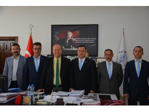 Umurlu Esnaf ve Sanatkarlar Odasının yeni yönetiminden Başkan Özakcan'a ziyaret