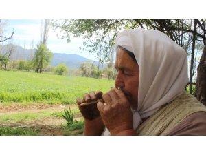 """'Sipsi' ustası Halime Özge: """"Yeni nesil öğrensin, ben yapmasını, çalmasını öğretirim"""""""