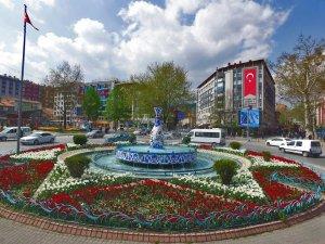 Başkan Kamil Saraçoğlu: Kütahya'da 1 milyon çiçek toprakla buluştu
