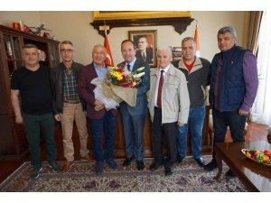 Tava ciğer ustalarından Başkan Gürkan'a ziyaret