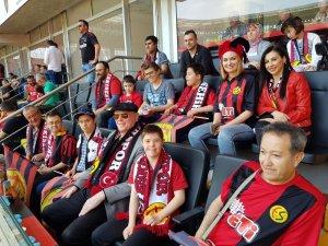 Başkan Kurt, Samsunspor maçını down sendromlu çocuklarla izledi