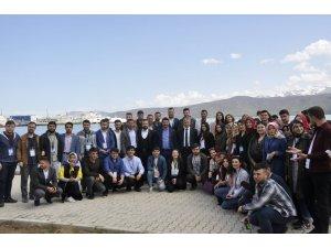 81 ilinin gençleri Tatvan'da buluştu