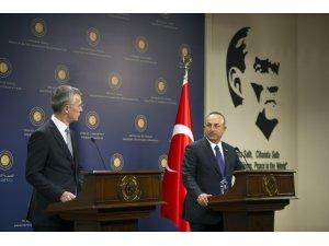 """Dışişleri Bakanı Çavuşoğlu: """"Cumhurbaşkanına yakışır bir şekilde açıklama bekliyoruz"""""""