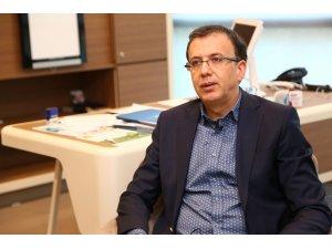"""Prof. Dr. Semih Ayan: """"Hazır gıda erkeklerde kısırlık, kadınlarda meme kanseri sebebi"""""""