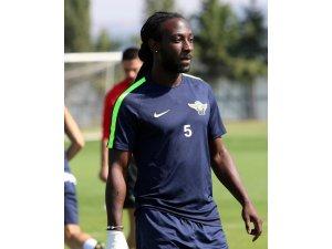 T.M. Akhisarspor'da Marvin Emnes ile yollar ayrıldı