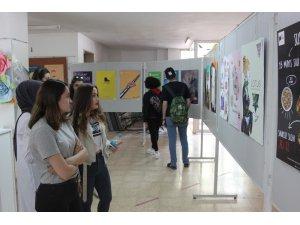 'Grafik Tasarım ve İllüstrasyon' sergisi ilgililer ile buluştu
