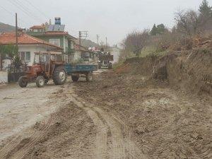 Başkan Ercan Şimşek: Akçaalan Yolu'nun genişletme çalışmasına başladık