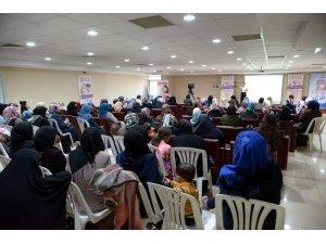 Danışmentgazi Sosyal Tesislerinde Suriyeli Hanımlara anne-çocuk semineri