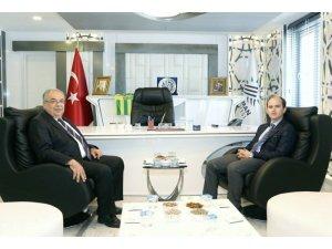 Vali Yardımcısı Yunak Başkan Kutlu ile bir araya geldi