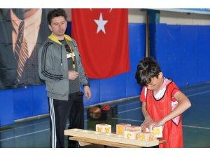 6. Geleneksel 23 Nisan Çocuk Şenlikleri başladı