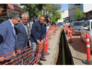 Başkan Barakazi, doğalgaz çalışmalarını inceledi