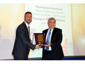 Muratpaşa Belediyesi kongre özel ödülü aldı