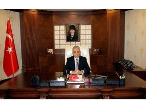 Hakkari Valisi Toprak'dan 'Turizm Haftası' mesajı
