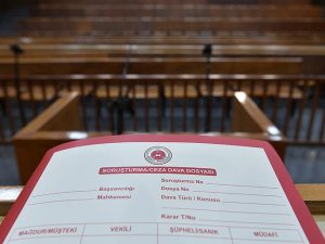 Eski Anayasa Mahkemesi Genel Sekreterine 10 yıl hapis