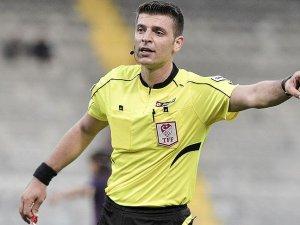 Spor Toto Süper Lig'de 30. hafta maçlarını yönetecek hakemler belli oldu.