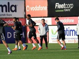 Beşiktaş'ta başkan Orman derbi hazırlıkları takip etti