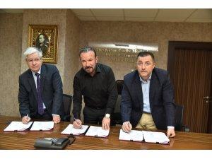 İzmit Belediyesi'nde sözleşme imzalandı