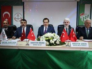 Bursaspor Spor Lisesi için imzalar atıldı