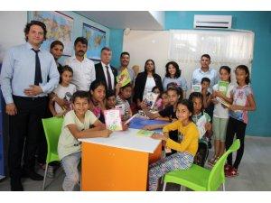 Aydın'ın Roman Çocukları için kütüphane kuruldu