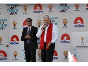 """Başbakan Yıldırım: """"HDP'nin Kürtlere verdiği zararın haddi hesabı yok"""""""