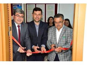 Başkan Can, yenilenen öğretmenler odasının açılışına katıldı