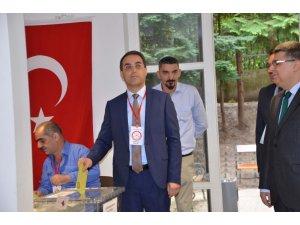 Avusturya'daki Türkler 24 Haziran seçimleri için oy kullanmaya başlandı