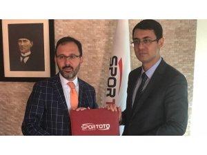 Yenişehir'e 12 spor sahası yapılacak
