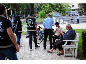 Kocaeli polisinden parklarda geniş çaplı uygulama: 13 gözaltı