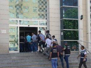 Kırşehir'de uyuşturucu şüphelisi 6 kişi tutuklandı