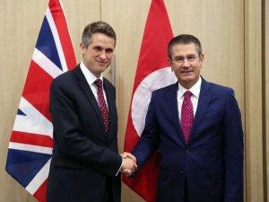 Bakan Canikli, İngiltere Savunma Bakanı Williamson ile görüştü