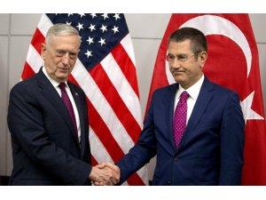 Milli Savunma Bakanı Canikli, ABD'li mevkidaşıyla görüştü