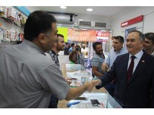 MHP'li Akçay Kula'da iftara katıldı