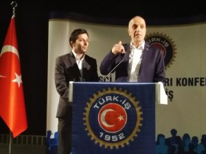 TÜRK-İŞ Genel Başkanı Atalay, atık kağıt toplayıcılarıyla iftarda buluştu