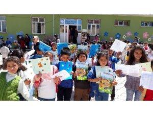 Kars'ta 66 bin 890 öğrenci yaz tatiline girdi