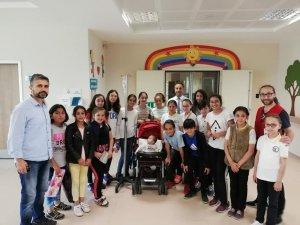 Fatsa Kızılay'dan 'sevgi bohçası'