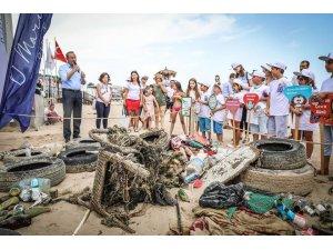 Minikler temizliği denizden çıkartılan çöplerle öğrendi