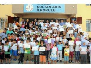 Erdemli'de 31 bin 537 öğrenci karne sevinci yaşadı