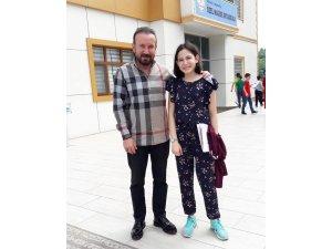 Başkan Doğan, kızın karne sevincine ortak oldu